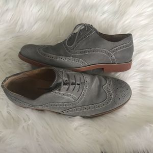 Florsheim Gray Suede Wing Tip Lace Up Oxford Shoes